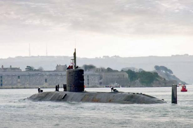 triumph-submarine